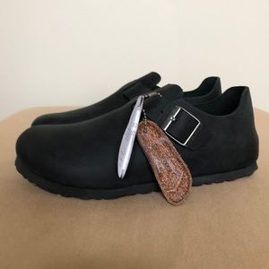 New Birkenstock London Clogs size 38 EUR. Black.